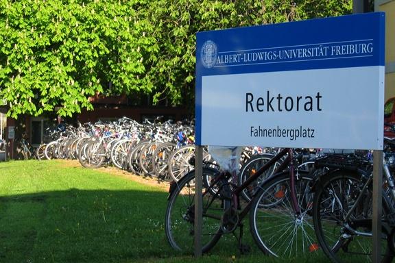 Verwaltungsfuhrpark - small