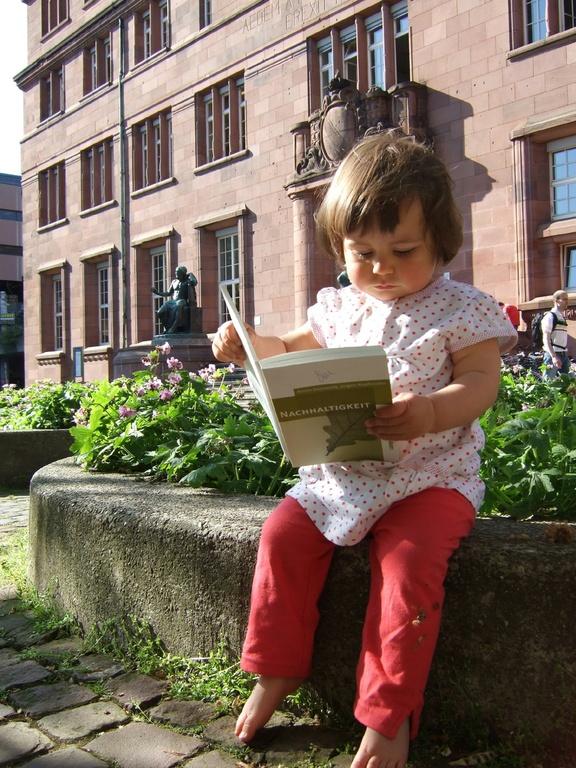 Die Uni für zukünftige Generationen - small